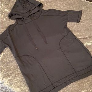 S NWT LOU & GREY SS HOODIE BLOUSE